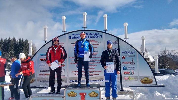 Langlaufass Toni Escher gewinnt den Grenzlandlauf überlegen und sichert sich zudem auch Platz1 in seiner Altersklasse