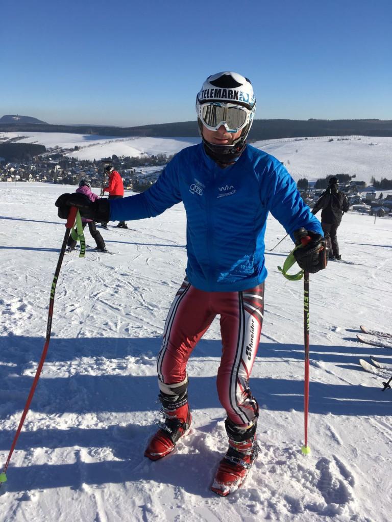 Telemark-Ass Michael Schubert bei der Erwärmung